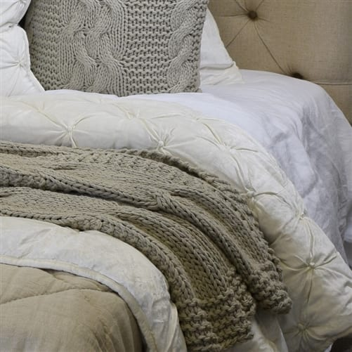 Bella Ivory Comforter | Theo and Joe
